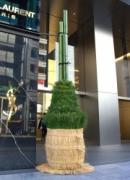 GINZA SIXに江戸前風「ジャンボ門松」 高さ3.6メートル