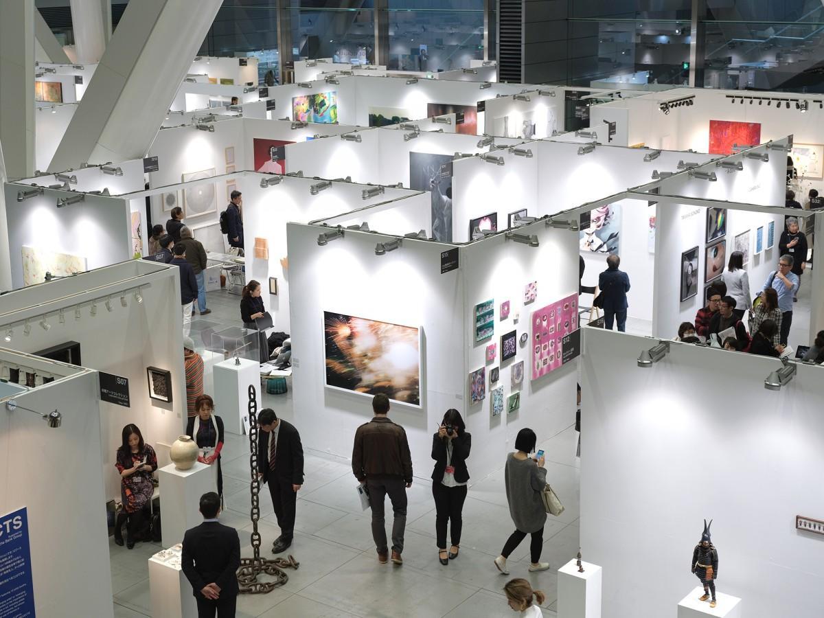 昨年のアートフェア東京の会場風景