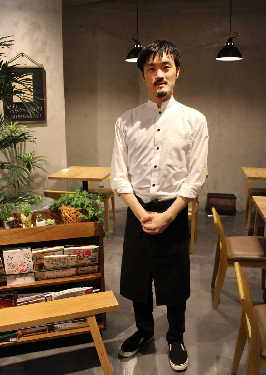 「台湾茶飲料専門店Cha Nova」を経営する井上尚哉さん