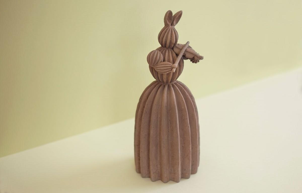 「島村光展『十三支・おくれてきたねこⅥ』」で展示する「ウサギ」