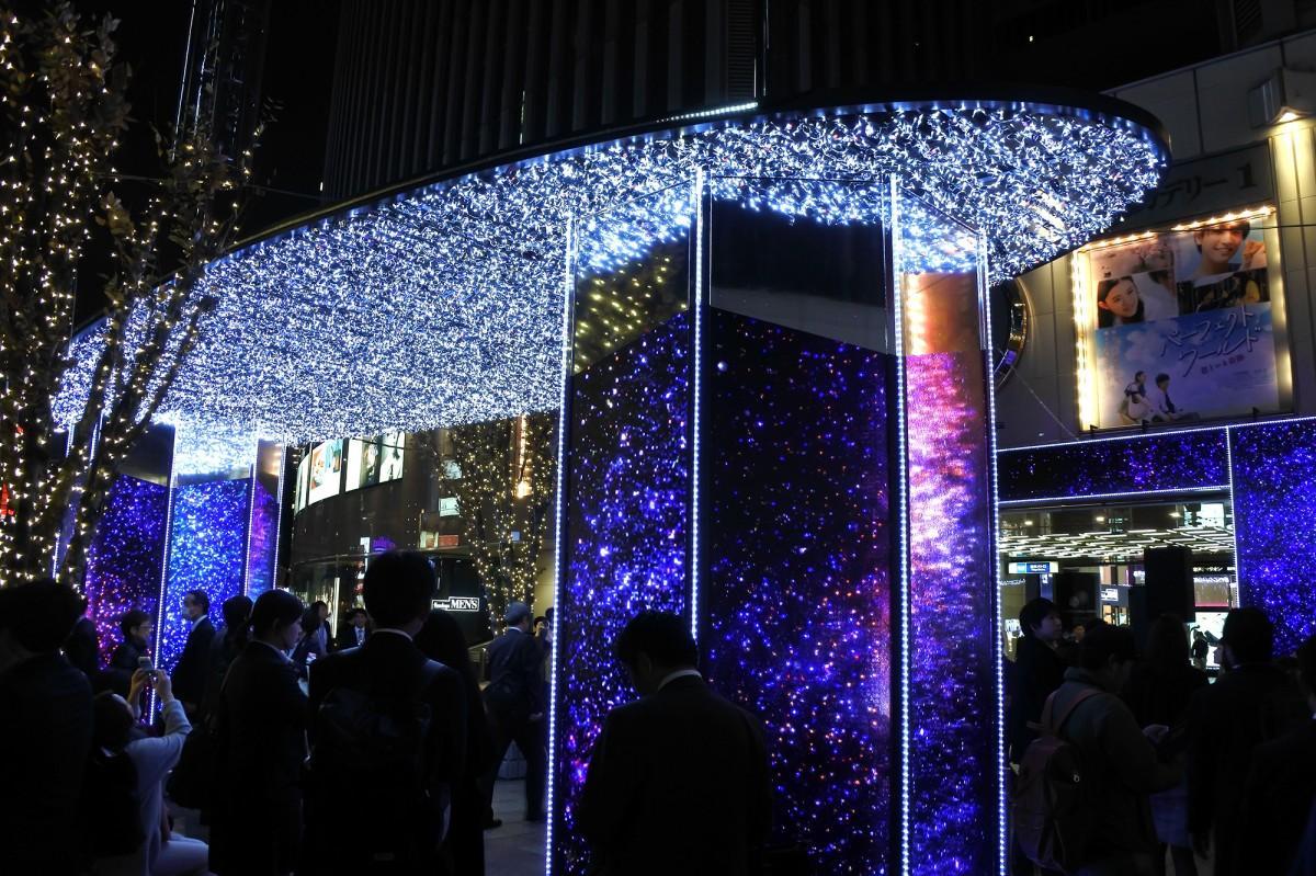 「有楽町マリオン イルミネーション『Starry sky 2018-2019』」
