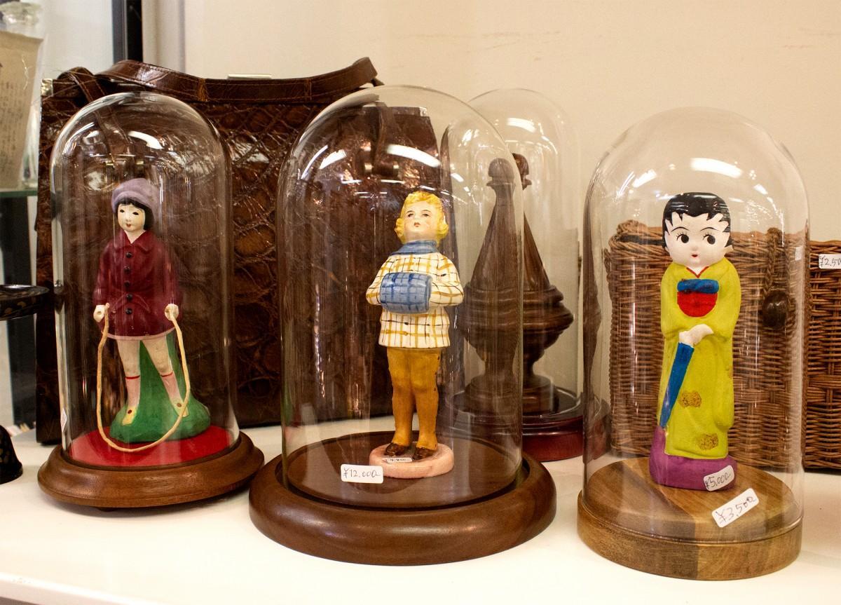 「ナツカシスム小玩」で展示販売する人形