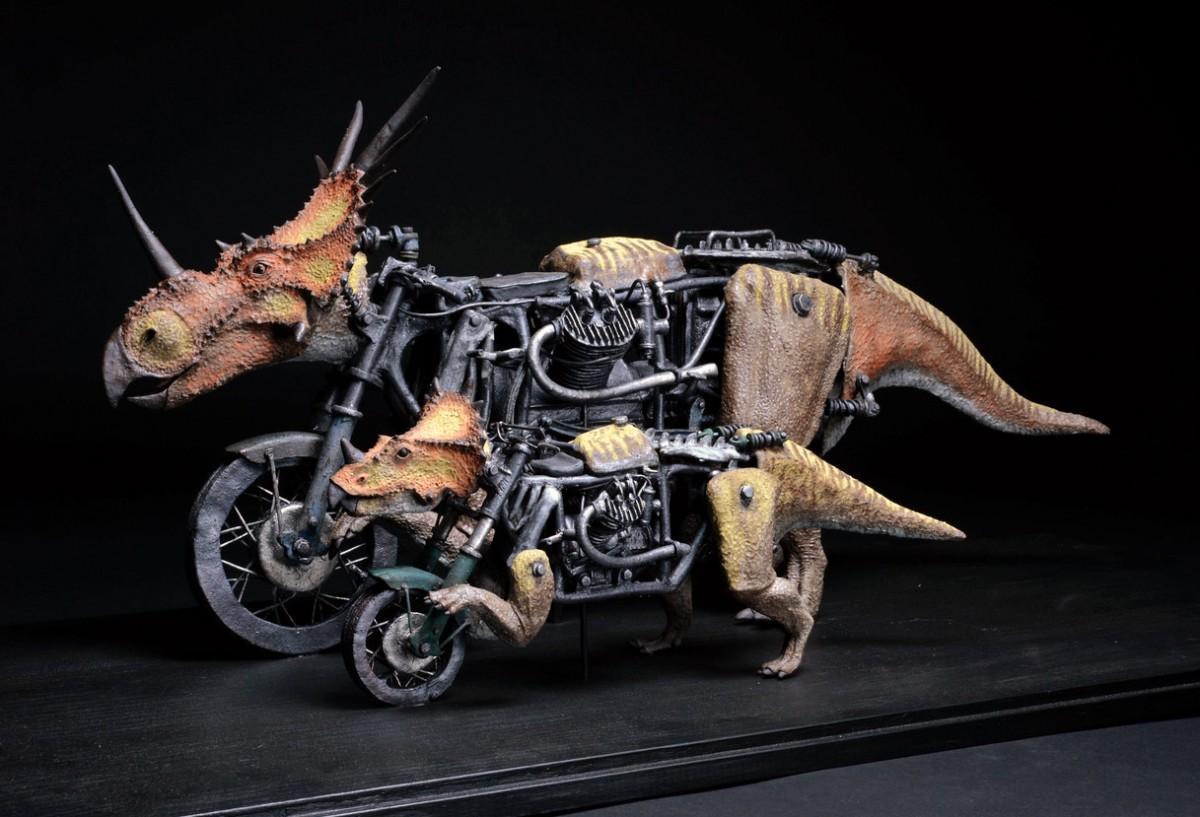 塩澤宏信さんの作品「スティラコサウルス式親子型走行装置」