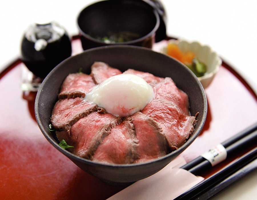「能登丼『能登牛ローストビーフ丼』」