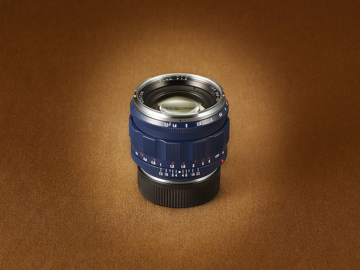松屋創業150周年記念レンズ「コシナ・フォクトレンダー ノクトン50/1.2 アスフェリカルVM」