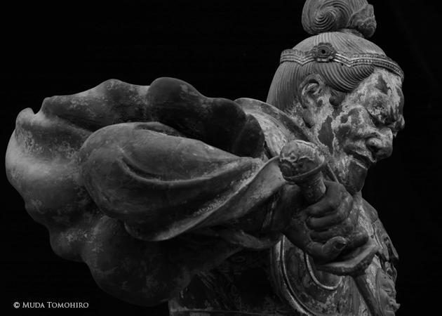 「持国天像」運慶作 興福寺(前期展示)