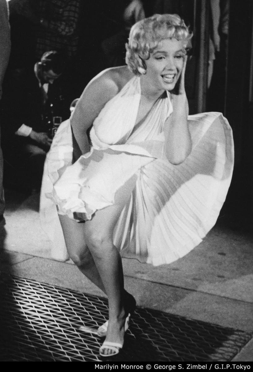 地下鉄の通気口に立つマリリン・モンロー