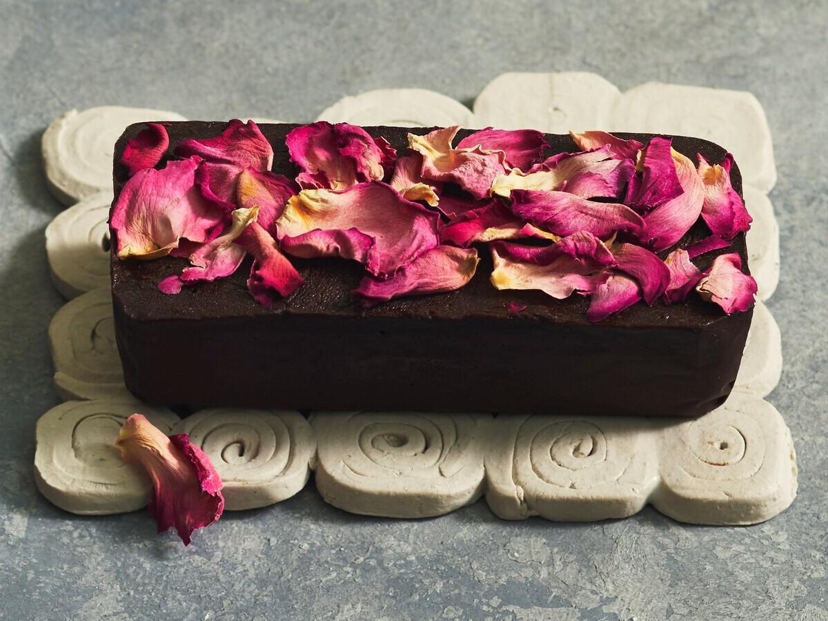 松屋銀座で日本各地のチョコレート 「旅するバレンタイン」テーマに