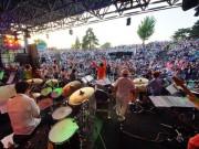 八戸で「南郷サマージャズフェスティバル」 2300人が屋外でジャズ堪能