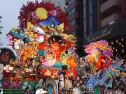 八戸三社大祭が開幕 1日延長し「ユネスコ無形文化遺産登録記念祭」も