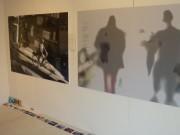 八戸のカフェで写真展「写真と言葉」 世代も職業も違う7人が出展