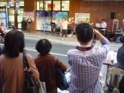 八戸・六日町で夜の歩行者天国 ライブイベントや八戸三社大祭の太鼓体験も