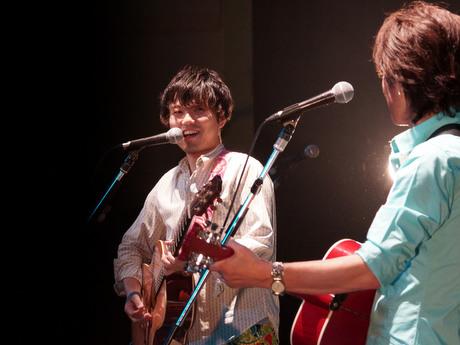 古屋敷裕大さんのホールコンサートが開かれる