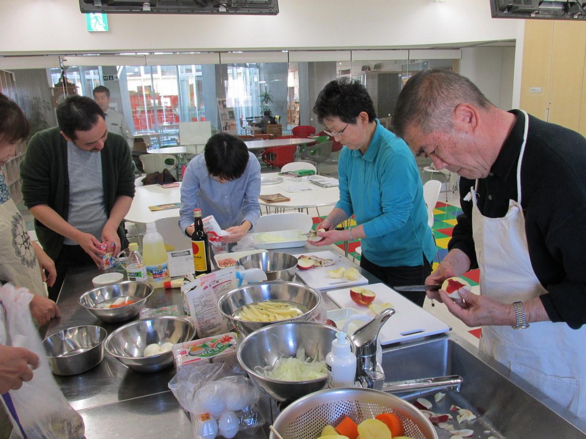 昭和のレシピを再現「レトロクッキング」