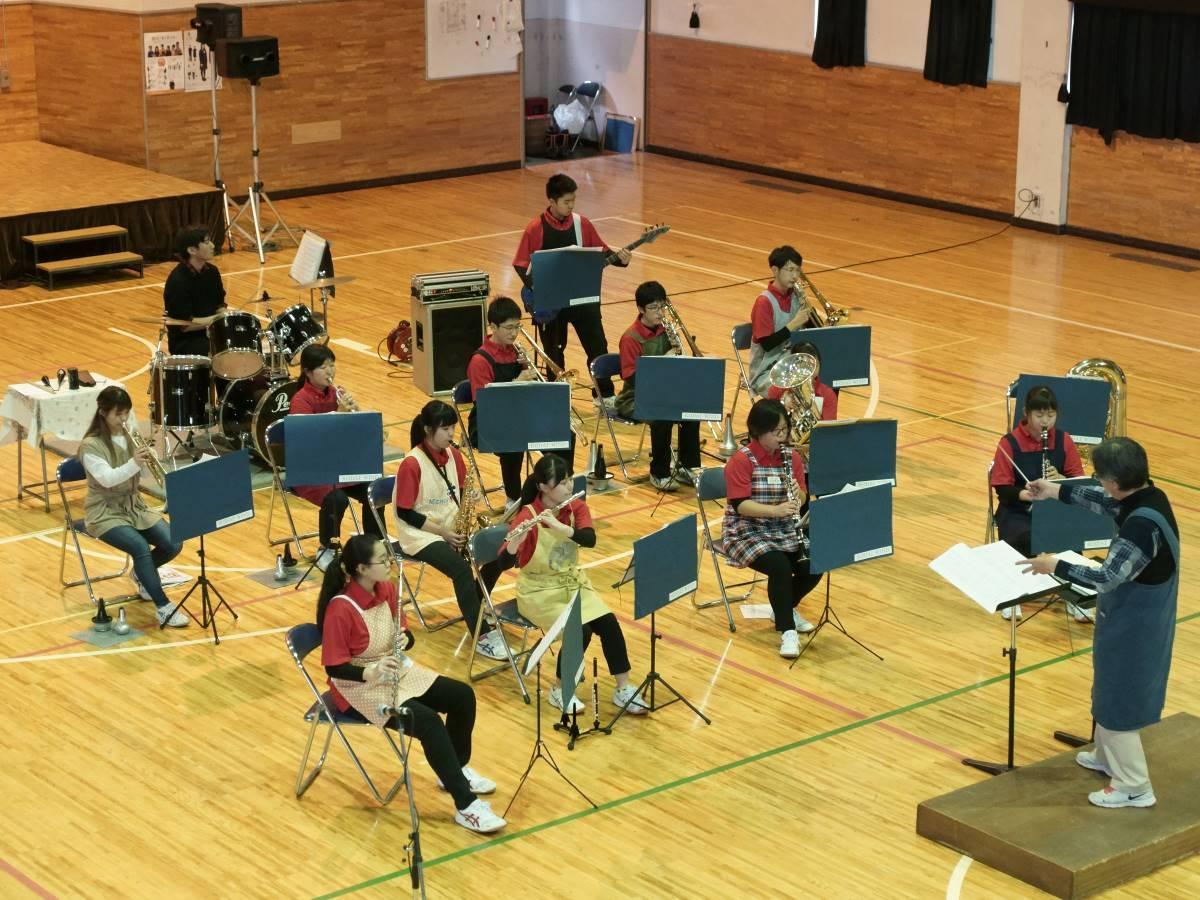 工大一高吹奏楽部定期演奏会が開かれる