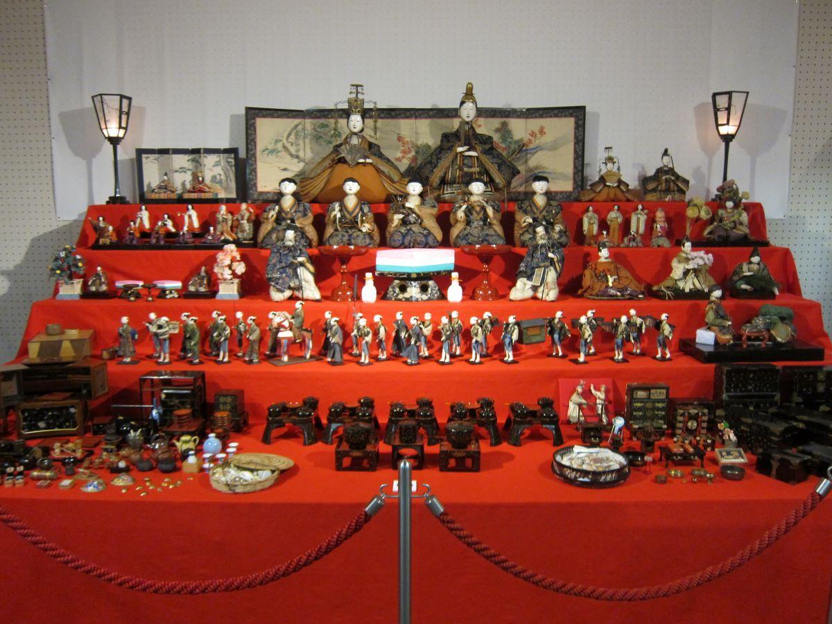 八戸市博物館「ひな人形展・えんぶり展」