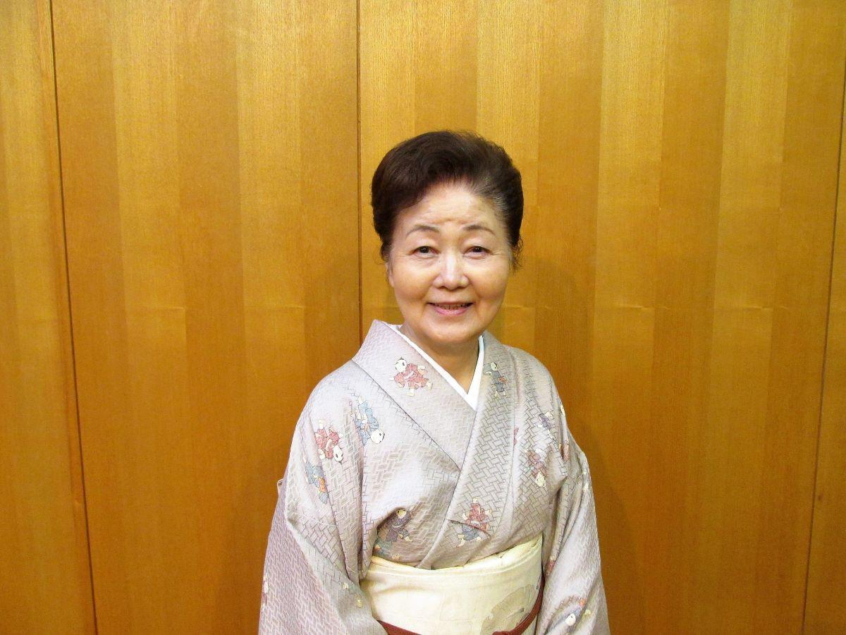日本舞踊泉流師範の泉紫峰さん