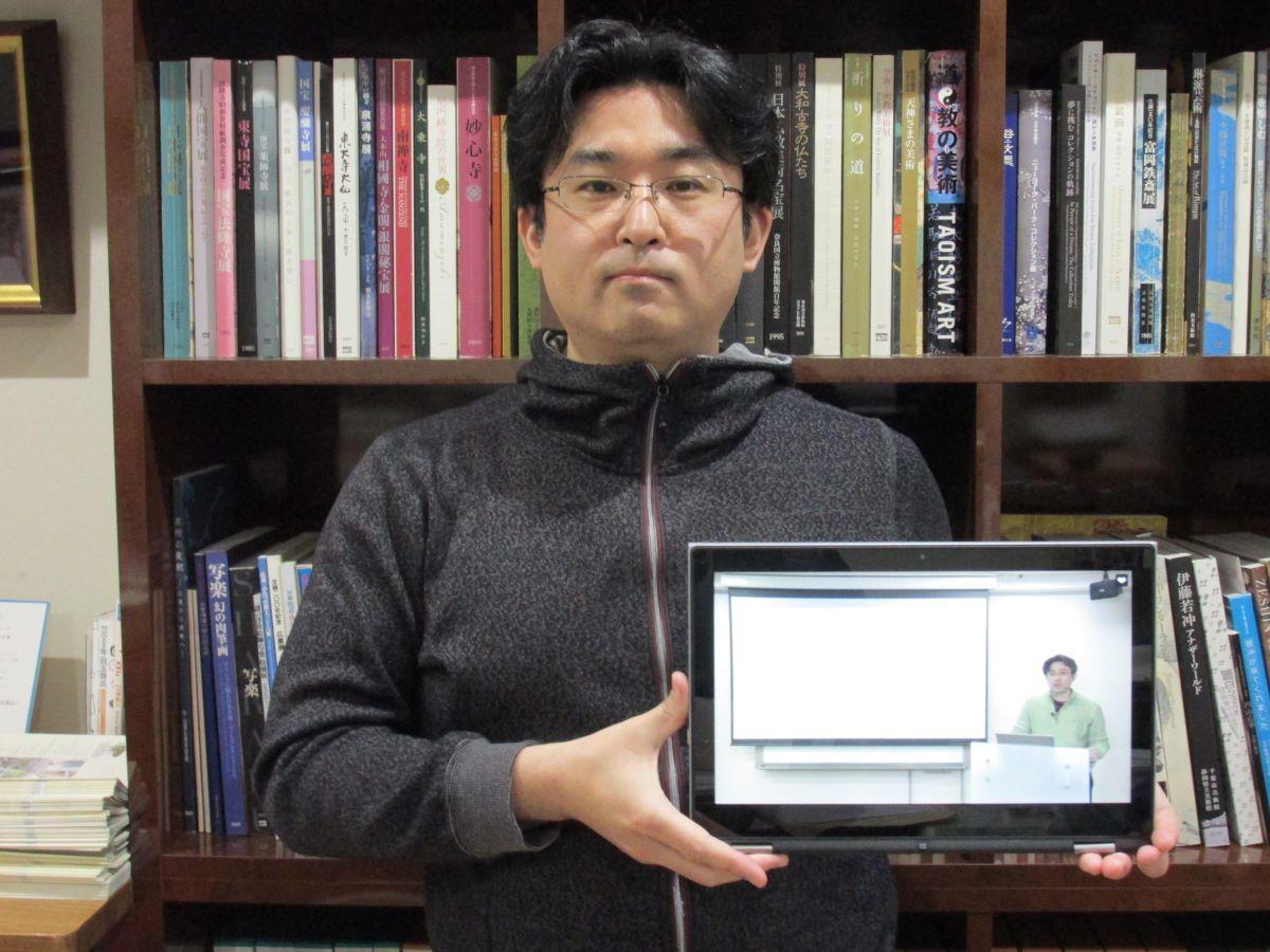 「吉田初三郎と八戸」を講演した小倉学館長