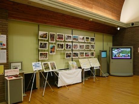 道の駅「八王子滝山」で行われている展示会の模様