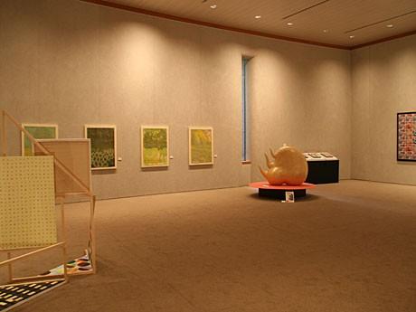 「造形現代芸術家展」の模様