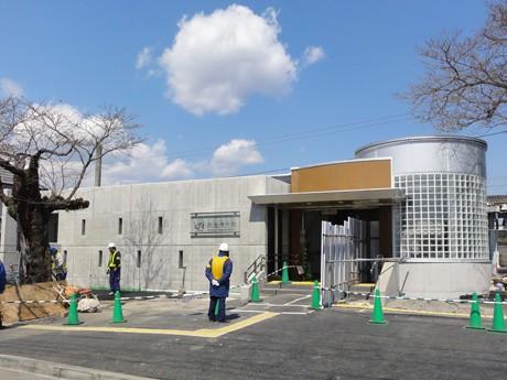 小泉さんが設計・デザインしたJR武蔵増戸駅の新駅舎