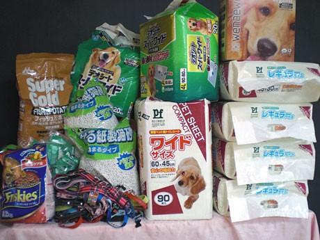 「DOGLIKE」に一般の人から寄せられたペット向けの支援物資