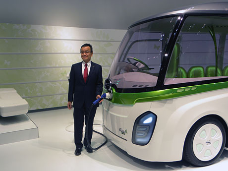 東京モーターショー」に日野自動車ブース-小型EVコミュニティーバス ...