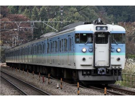 ダイヤ改正に合わせ、ステンレス車両への置き換えが始められる中央線「115系」