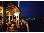夏恒例「高尾山ビアマウント」今年は6月21日から-標高500メートルに600席
