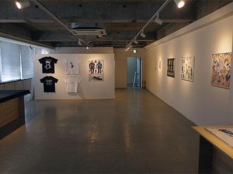 「AKITEN」の常設アートギャラリーとなるスペースを使い始まった仮井将之さんの個展