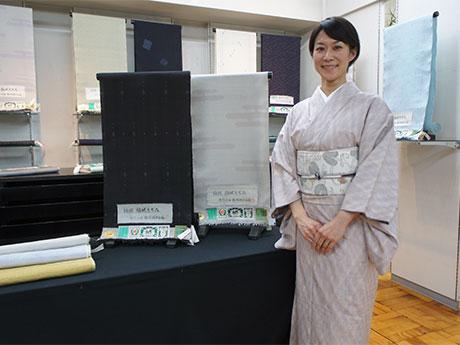 11月25日から「本場結城紬展」を行う荒井呉服店の荒井哉子社長