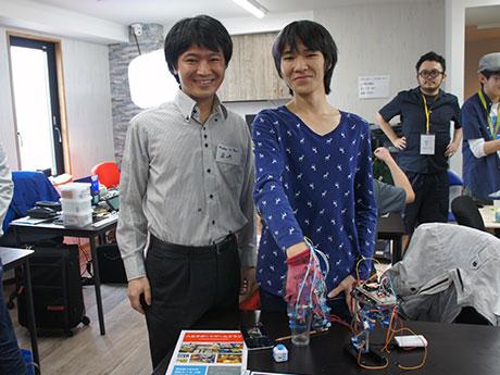 神戸から出展したという高校生とイベントを手掛けた岩崎桂太郎さん