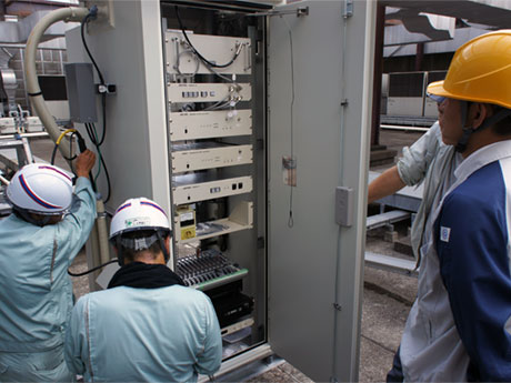 試験電波発射に向け行われた工事の様子