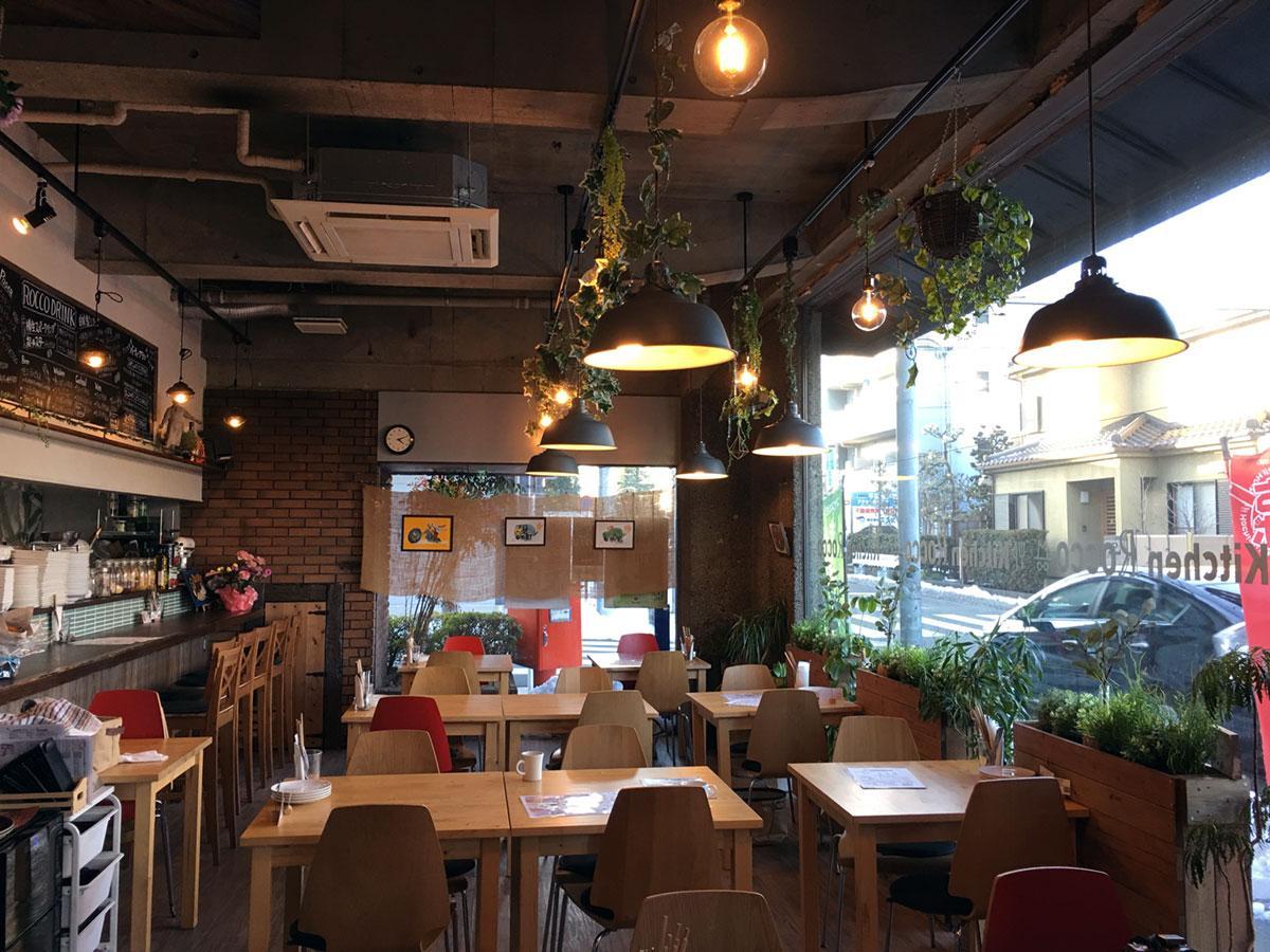 レストラン「Kitchen ROCCO」が3周年 おつまみメニュー強化、酒も楽しめる空間に