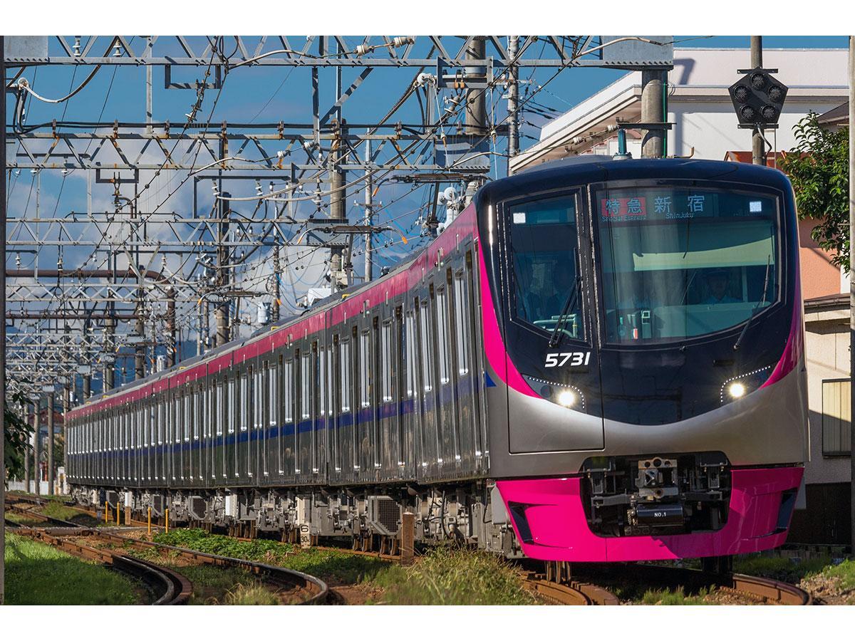 初めてイベント列車として使用される「5000系」車両