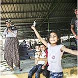 写真家・小松由佳さん、トルコ取材へ シリア難民の生活に向き合う