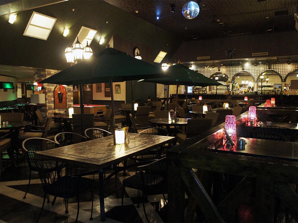 明神町に移転した「バグダッドカフェ/モータウン」