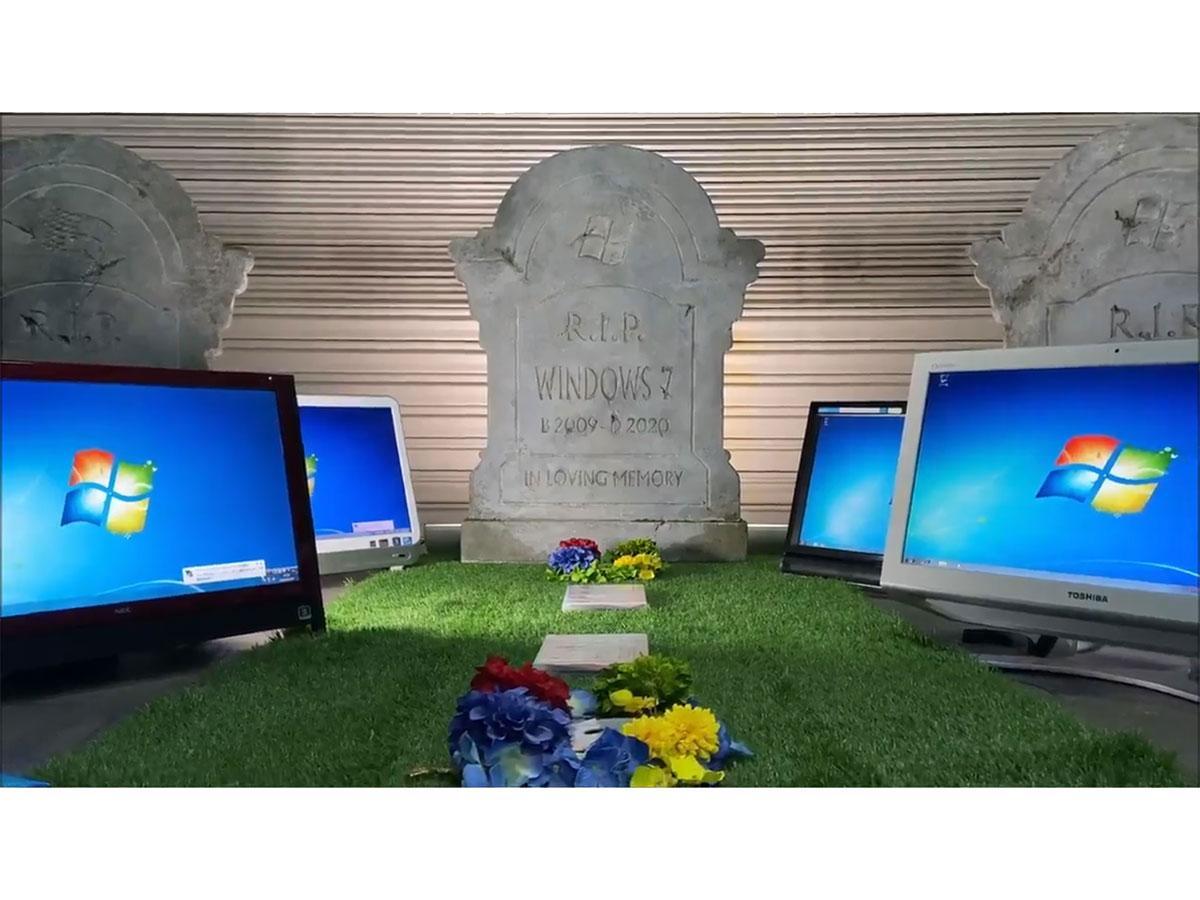 ツイッターに投稿された「Windows 7」をしのぶ動画のワンシーン