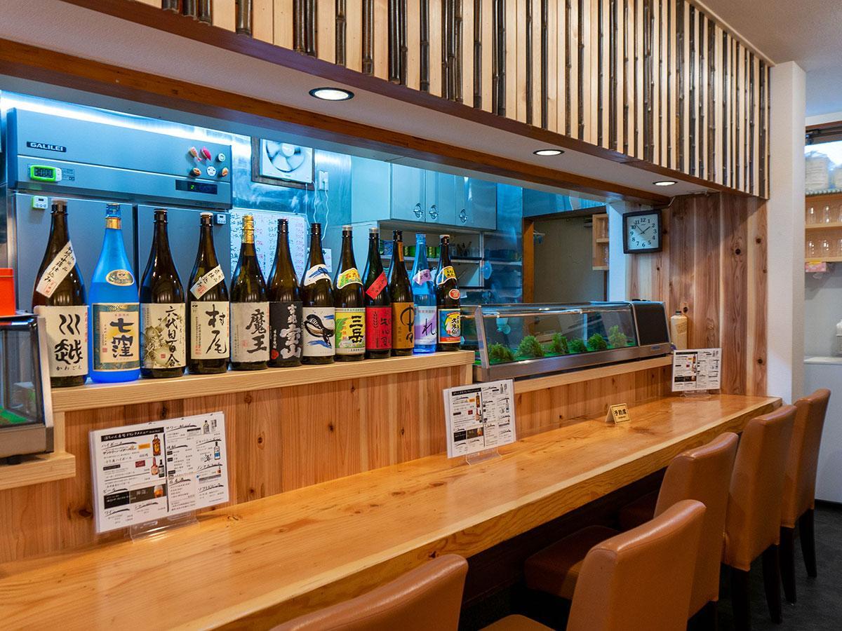 「淳ちゃん寿司」の店内の様子