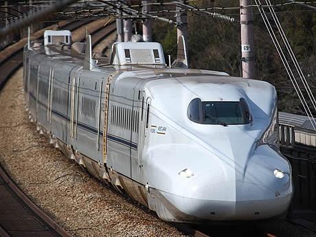九州新幹線全線開業を記念してN700系の記念試乗会を実施