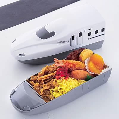 九州新幹線「さくら」型の「九州新幹線さくら弁当」も