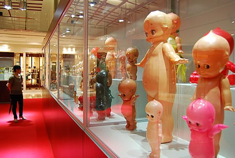 JR博多シティで「ローズオニール キューピー展」が開催