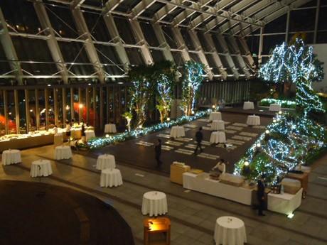 ホテルオークラ福岡が「スパークリングガーデン」を6日間限定でオープン