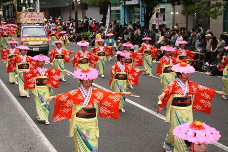 5月3日・4日、福岡市民の祭り「博多どんたく港まつり」が開催