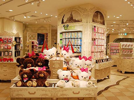 キャナルシティ博多に世界2店目のディズニーストアがオープン  ©Disney