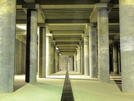 山王公園の地下を探検するイベント「潜入せよ!!いのちをまもる謎の地下神殿」が開催