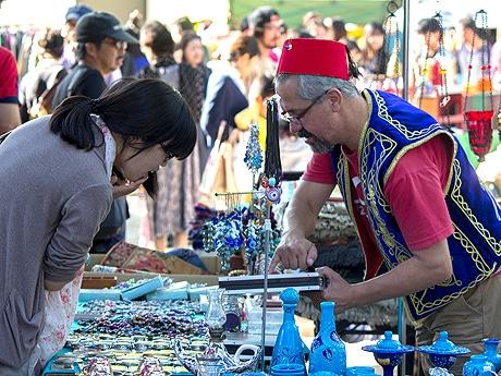 住吉神社でイベント「大博多輸入雑貨市」が開催