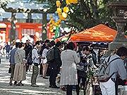 博多の住吉神社で「大博多輸入雑貨市」 世界のビール一堂に
