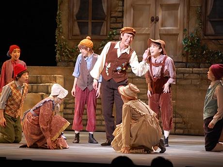 キャナルシティ劇場で劇団四季ミュージカル「アンデルセン」が開幕