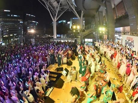 JR博多駅前広場で「九州ゴスペルフェスティバル」が開催